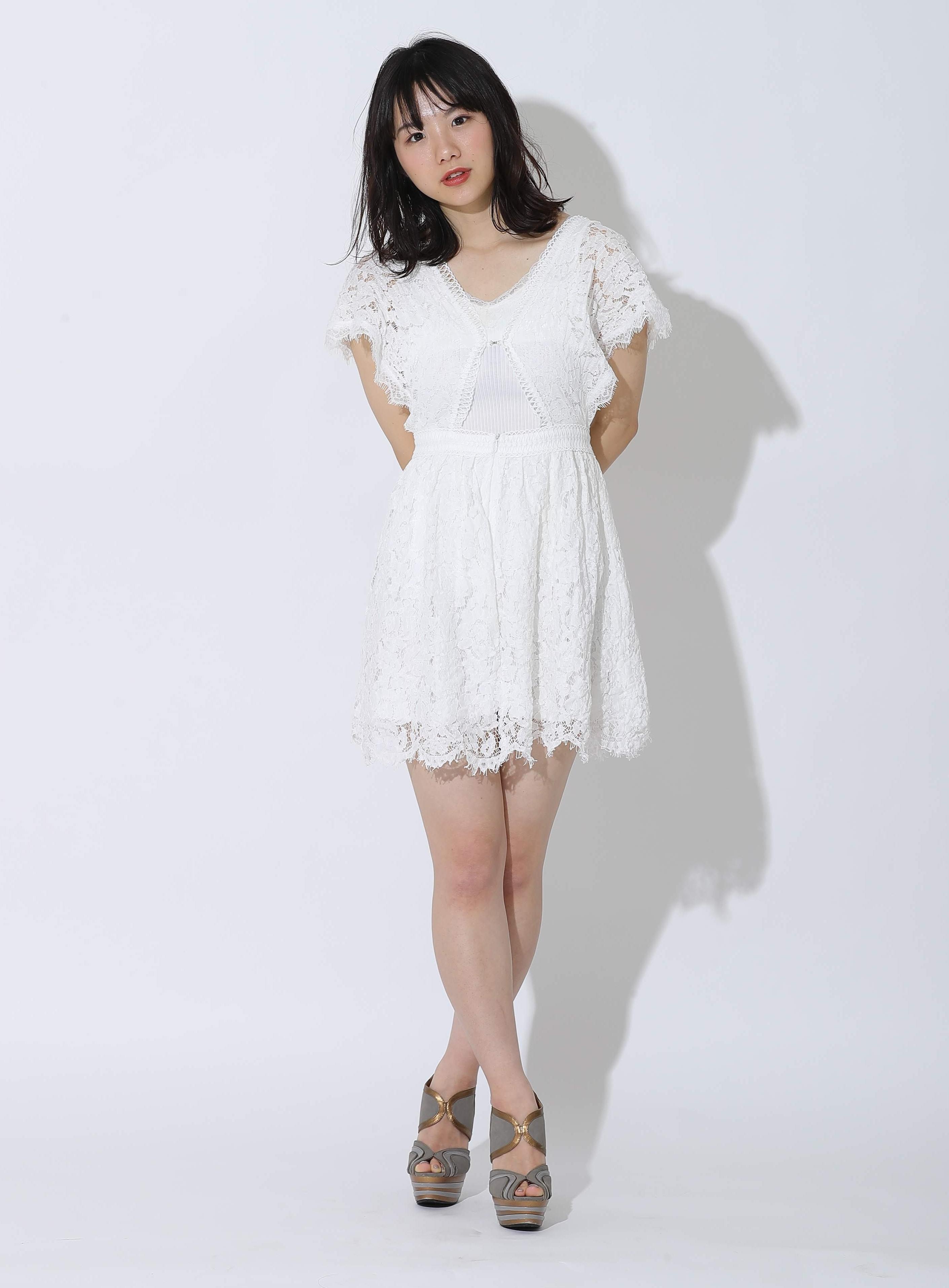 モデル赤谷更紗